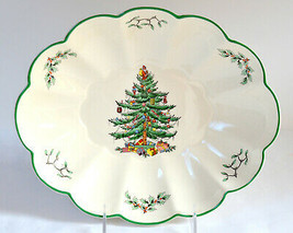 """Spode Christmas Tree * OVAL SERVING DISH BOWL * 10 5/8"""", Scalloped, Engl... - $12.86"""