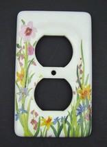 Leviton Wildflower Porcelain Outlet Plate Cover Flower Floral White Duplex - $7.12