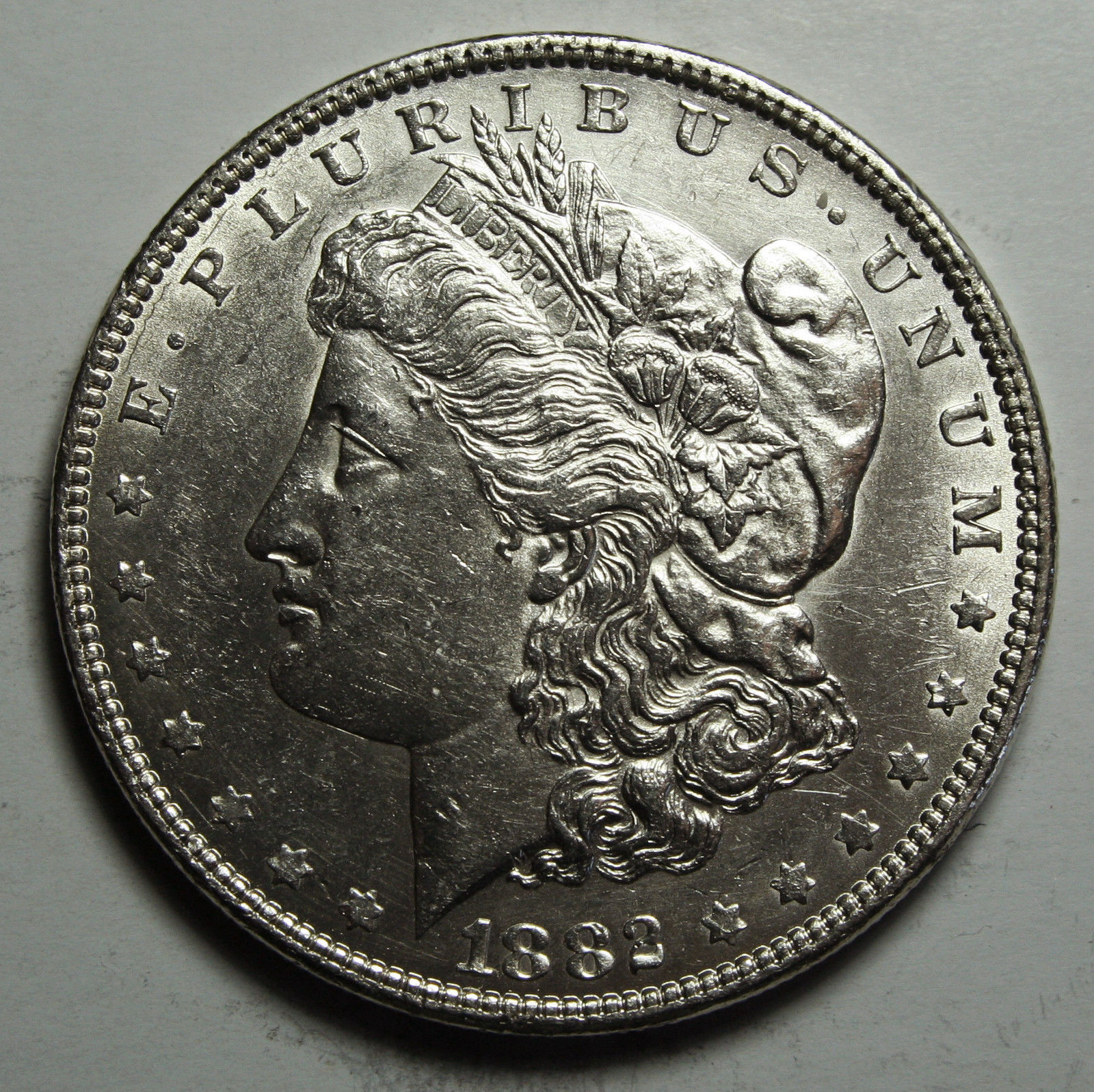 1882 MORGAN SILVER DOLLAR COIN Lot# D 19