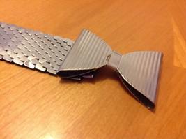 Women's Vintage Silver Stretch Metal Belt Butterfly Bowtie 80's Retro Co... - $22.77