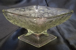 VINTAGE INDIANA GLASS CLEAR DIAMOND SHAPE DISH (CIRCA 1960'S) - $13.50