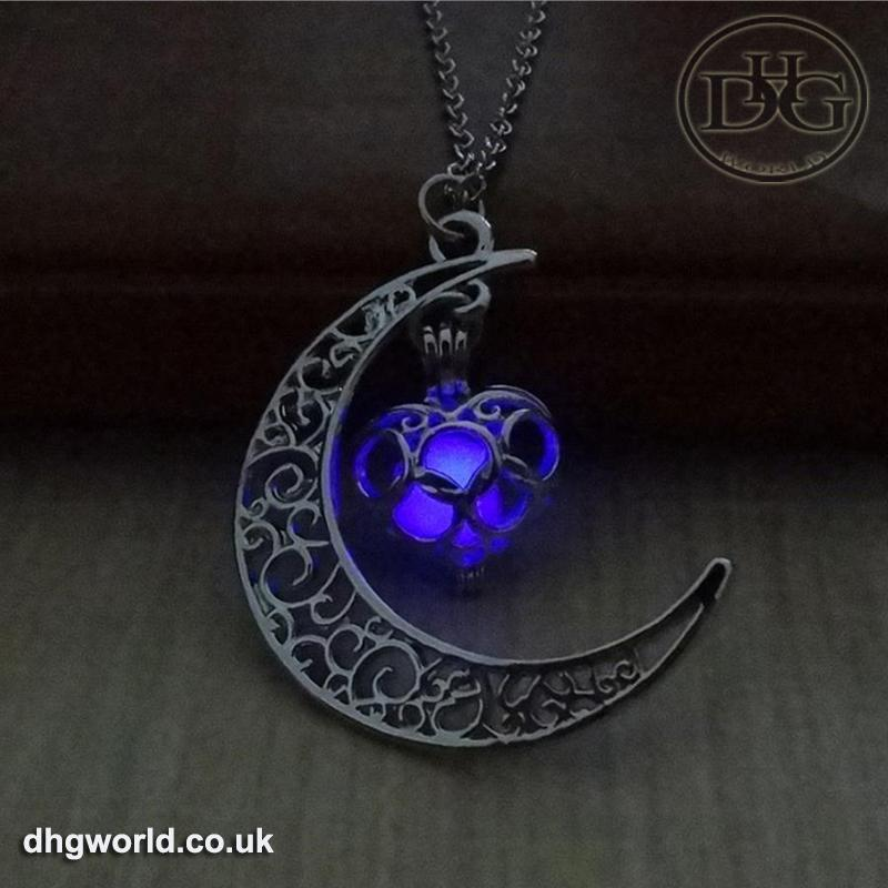 YAKAMOZ Enchanting Moon & Heart Theme Ladies Necklace - Glow in the Dark image 7