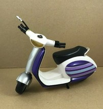"""Spin MasterDoll Scooter 2010 For 12"""" Dolls scooter Only - $8.71"""