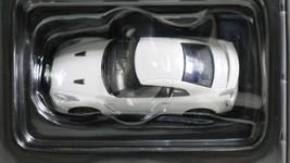 Tomica limited tomytec nissan gt r premium edition lv n116b   wht   07 thumb200