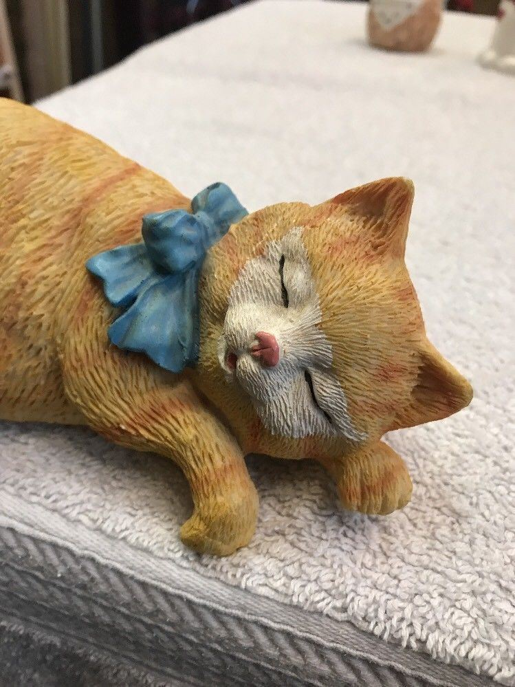 Cat Figure Golden Stripe Laying With Paws Hanging Over Shelf Cute Resin Statue