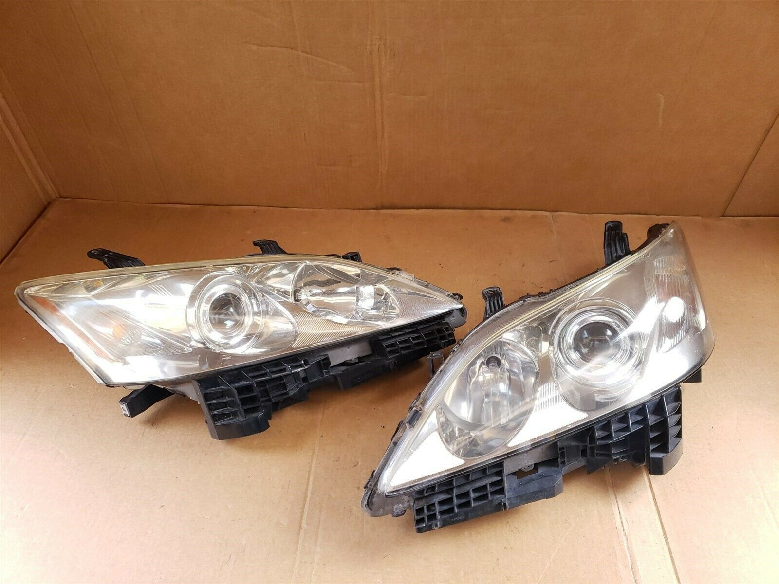07-09 Lexus ES350 HALOGEN Headlights lamps Set L&R