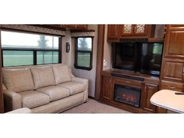 2017 DRV MOBILE SUITES AIRE 40 For Sale In Grant Park, IL 60940 image 4