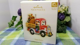 Hallmark Happy Haulers 2006 Magic ornament Santa in Truck with elf - $19.75