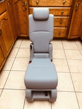 2021 Honda Odyssey Middle Row Center Seat Jump seat Leather Light Gray - $424.71