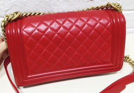 100% AUTHENTIC CHANEL RED QUILTED LAMBSKIN MEDIUM BOY FLAP BAG GHW image 2