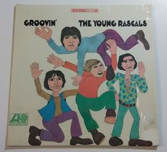 The Young Rascals Groovin LP Record 1967 Atlantic Recording - $12.37