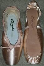 NIB Capezio Nicolini N156X Pointe Shoes Size 2.5C 2.5 C - $51.24
