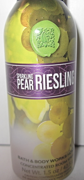 Primary image for Bath & Body Works Room Spray 1.5 oz Sparkling Pear Riesling