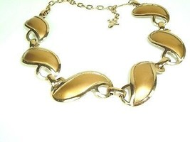 Vtg Gold Tone Link Panel Mod necklace with Fleur De Lis hang charm unsigned - $12.82