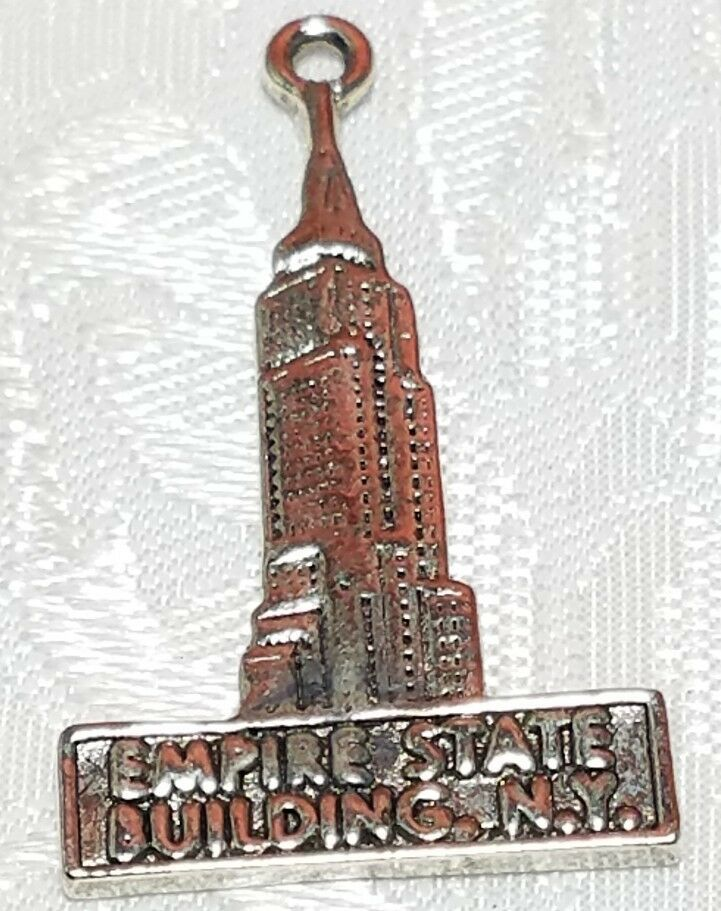 EMPIRE STATE BUILDING FINE PEWTER PENDANT CHARM