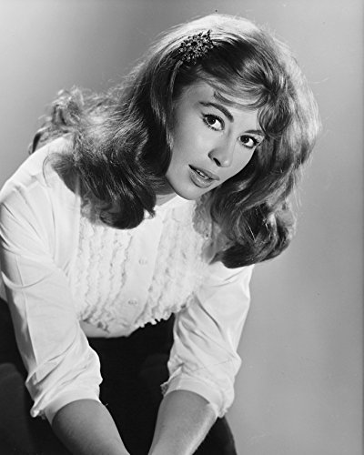 Nanette Newman 16X20 Canvas Giclee Nice 1960'S Pose