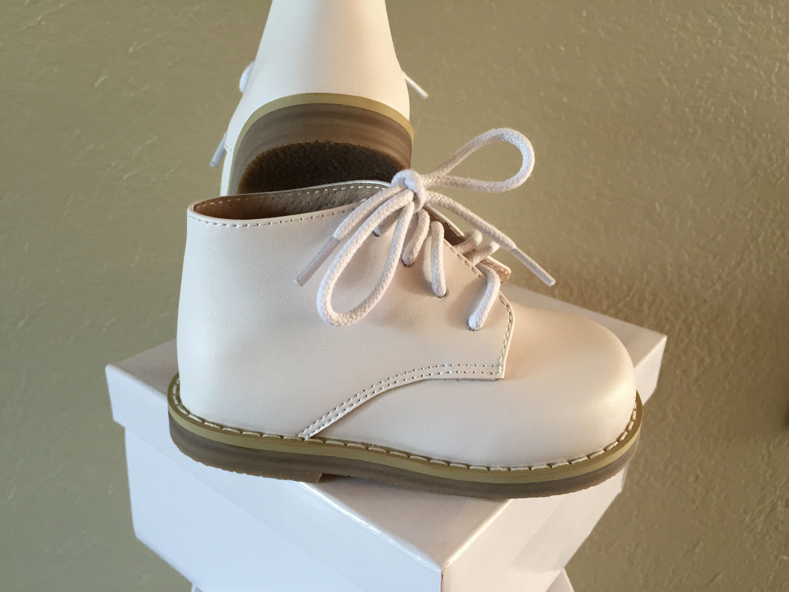Toddler Walking Shoes White Leather Uni US Size 2 3 4 5