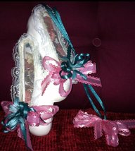 Vintage Collectible Ceramic Ballerina Shoes/Slippers Wall Hanging Decor ... - $20.00