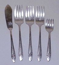 QUEEN BESS 5 Pcs Vtg Tudor Plate Oneida Silverplate Flatware including Baby Fork - $13.99
