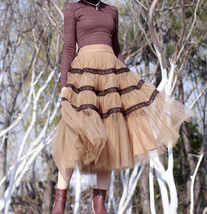 High Waisted Tiered Tulle Skirt Outfit Khaki Puffy Tiered Skirt Holiday Outfit  image 5