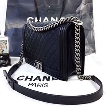 100% AUTHENTIC CHANEL BLACK QUILTED LAMBSKIN NEW MEDIUM BOY FLAP BAG RHW image 8