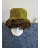 "Vintage Original Ladies Feathered Green Pillbox Women's Hat 21"" - $38.67"