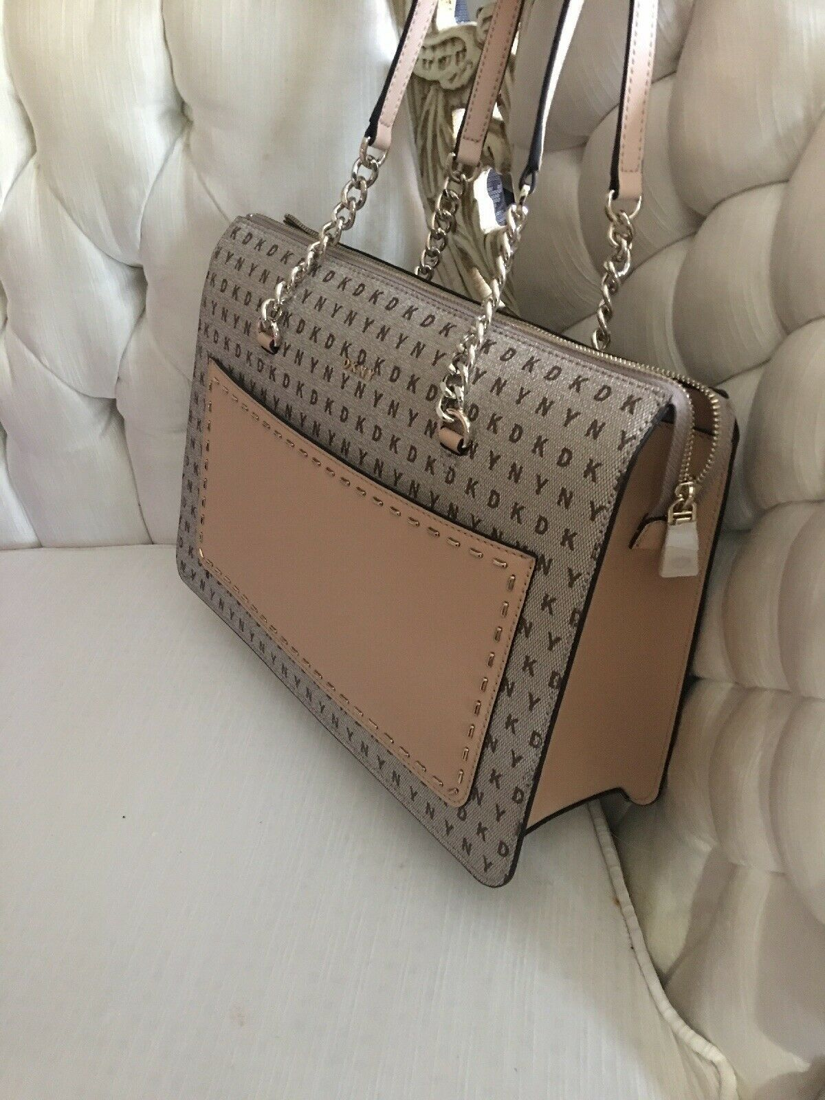 DKNY BRYANT Signature Logo TOP ZIP TOTE Handbag Beige/Nude Faux Leather $248 NEW