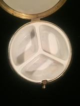 Vintage 50s Pill Box compact with etched starburst on top image 3