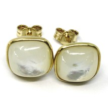 18K YELLOW GOLD BUTTON LOBE EARRINGS, CABOCHON SQUARE MOTHER OF PEARL DIAM. 9mm image 2