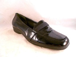EASY SPIRIT Size 6 B 2A NEWTREND Women Black Patent Leather Flats Mocs S... - $4.34