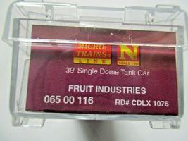 Micro-Trains # 06500116 Fruit Industries Grape to Glass 39' Single Tank Car (N) image 5