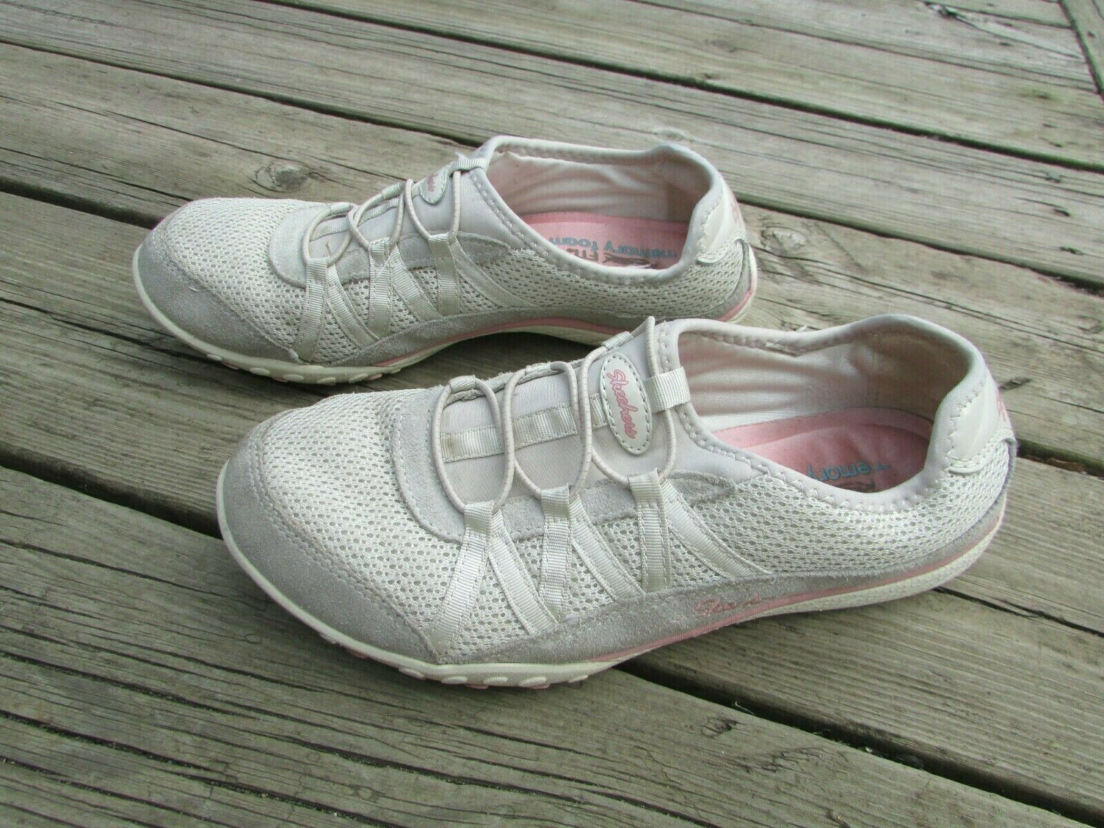 Skechers Relaxed Fit Beige Suede Pink Sneakers Memory Foam Size 7 (37) Used