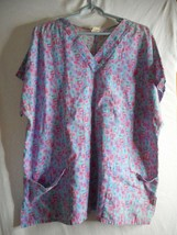Purple Squares Sz XL Scrub Top  Medical Uniform - $7.91