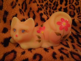 Fenton Glass Burmese Cat Hand Painted L. Anderson #F Crouching Pink Tiny... - $53.46