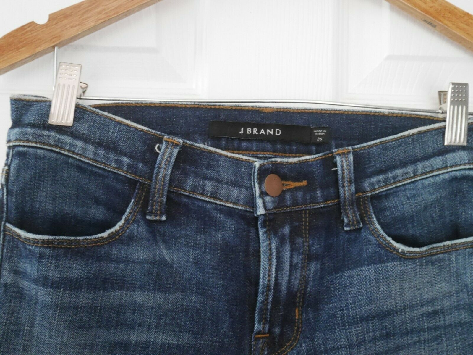 $228 J Brand - 620 Mid-Rise Super Skinny in Dark Erosion (Destroyed) - Size 26 image 7