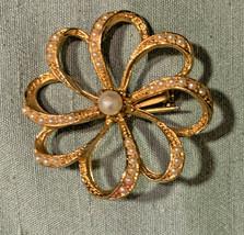 The Crown Queen Elizabeth Pearl Flower goldtone brooch pin vintage wedding  - $14.55
