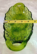 """Vintage Indiana Glass Avocado Green Relish Dish, Lily Pons, 9.5"""" with Handles image 3"""