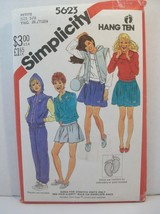 Simplicity Pattern 5623 Petite Size 5/6 Yng Jr/Teen Sweatshirt Pants Shorts - $12.86