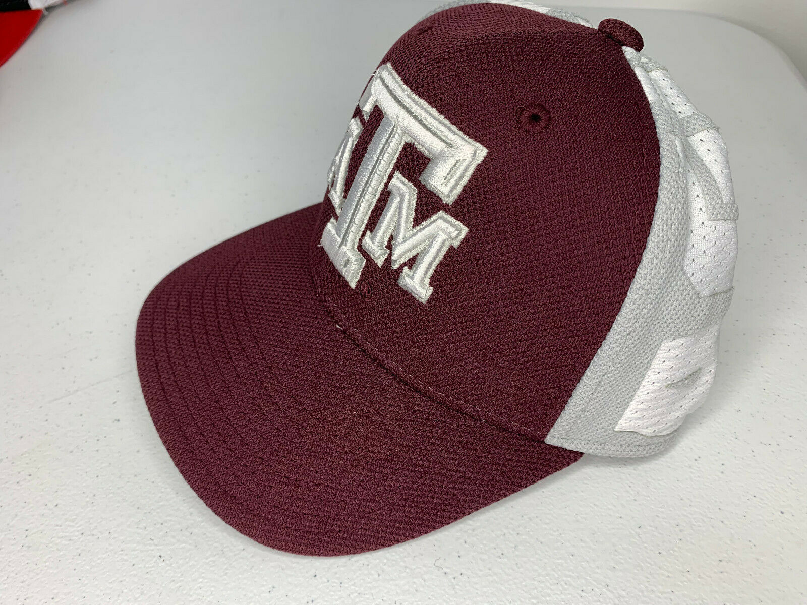 Primary image for NEW LARGE/XL MEN Adidas TEXAS A&M AGGIES Fitted Baseball Cap Hat SPELL OUT