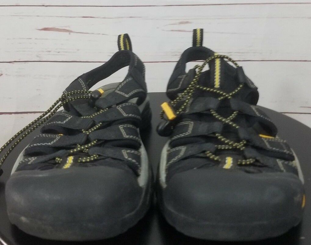 Keen Newport H2 Black Mens Closed-Toe Hiking Trail Outdoor Sporty Sandals SZ 8.5