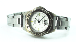 Women's Guess 50m White Checkered Dial Date 32mm Wristwatch Wet Suit Extender - $14.25