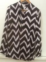 Chico's Women's Long Sleeve Shirt Blouse Size 0 Chevron Black Cream Whit... - $15.95