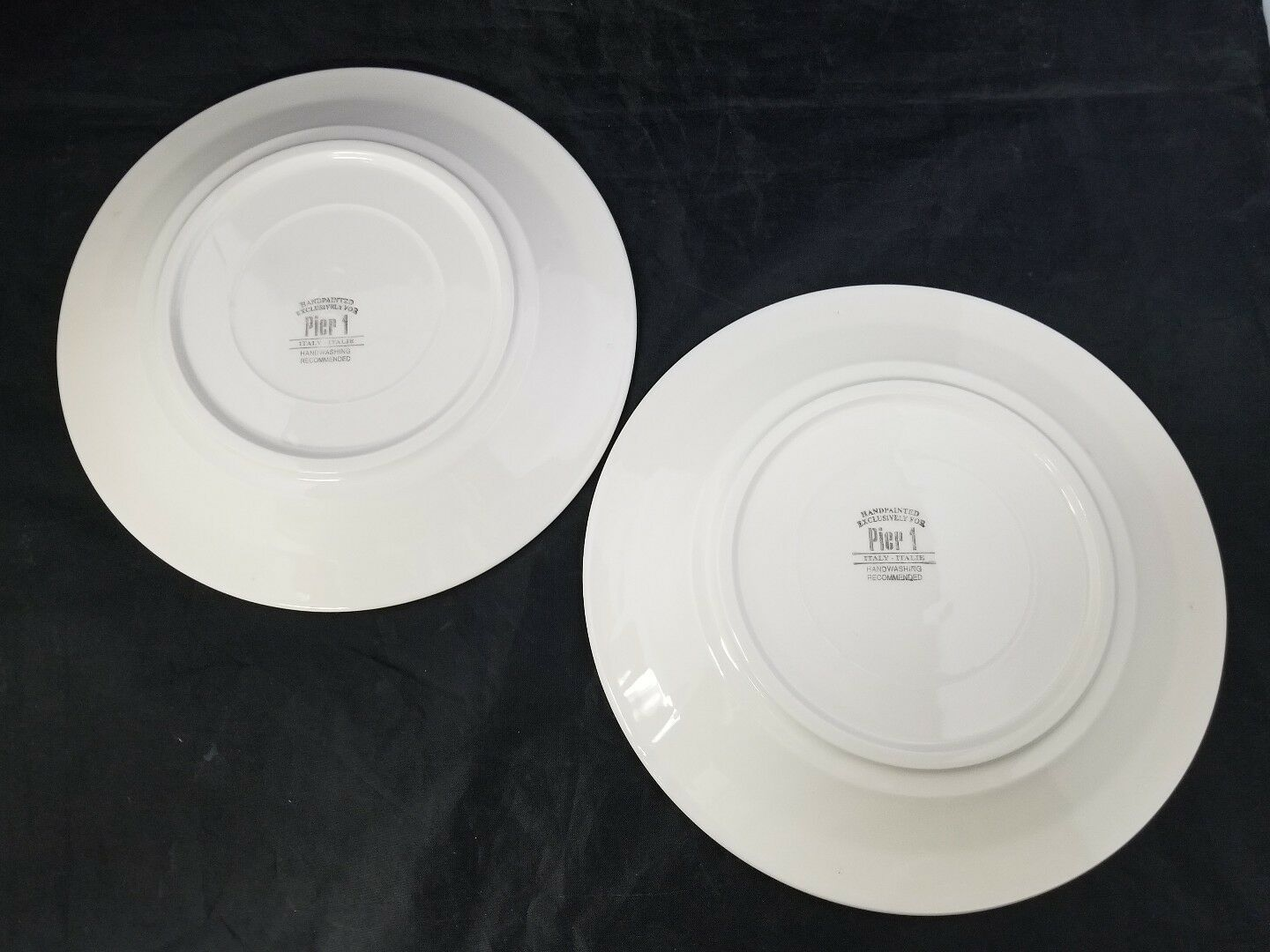 "Pier 1 Christmas Tree Dinner Plates Set of 2 Made in Italy 9.75"" White Red Trim image 7"