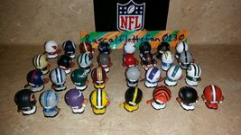 2017 NFL TEENYMATES SERIES 6 FOOTBALL - PICK YOUR FOOTBALL TEAM FIGURE NEW NEW!! image 6