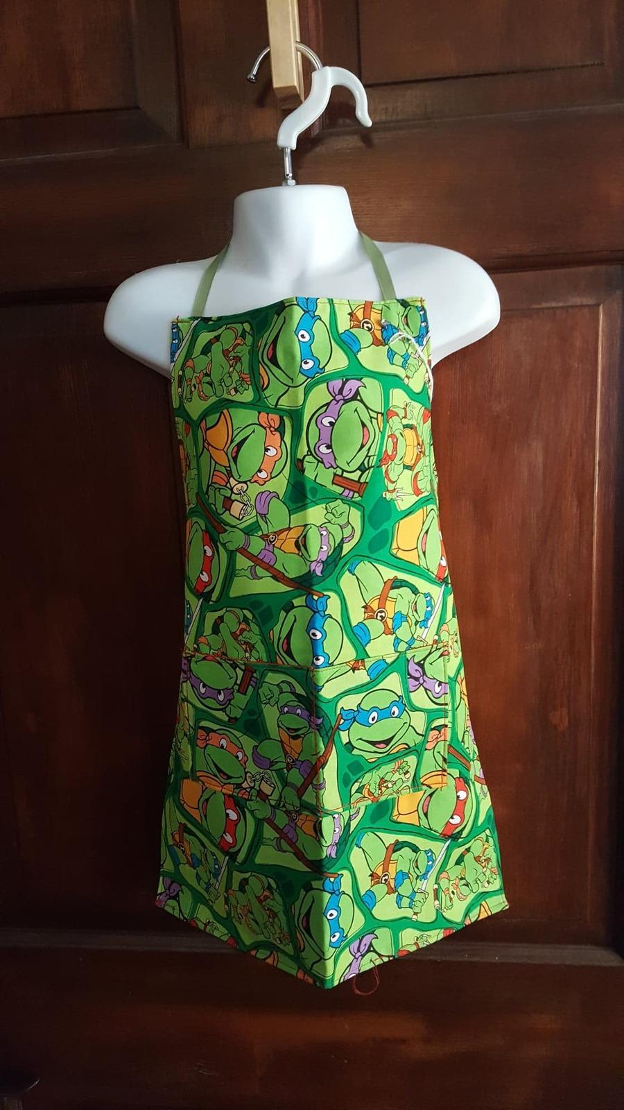 Child Apron Lined w/Pockets Cotton - Teenage Mutant Ninja Turtles! SM (2T/4T) - $12.99