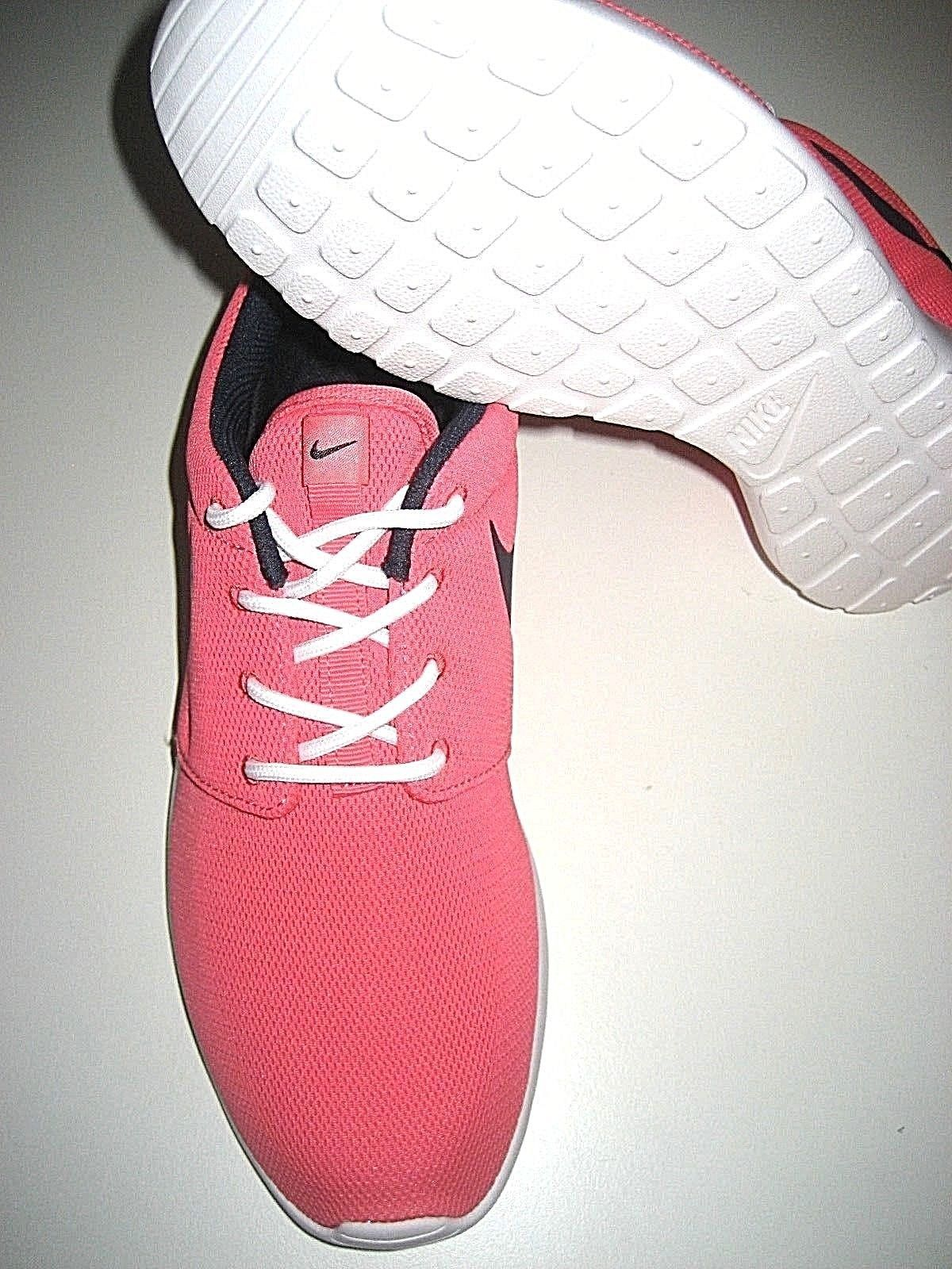 4bc7ac9d47b5 Nike Womens Roshe One Training Running Shoes Sea Coral Pink White Size 8 NEW