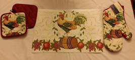 7 pc KITCHEN SET:4 PLACEMATS,1 OVEN MITT,2 POT HOLDERS, ROOSTER on the B... - $19.79