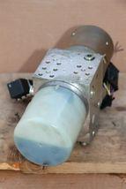 Mercedes W170 SLK320 SLK 430 Convertible Top Hydraulic Pump Motor A1708000030 image 5