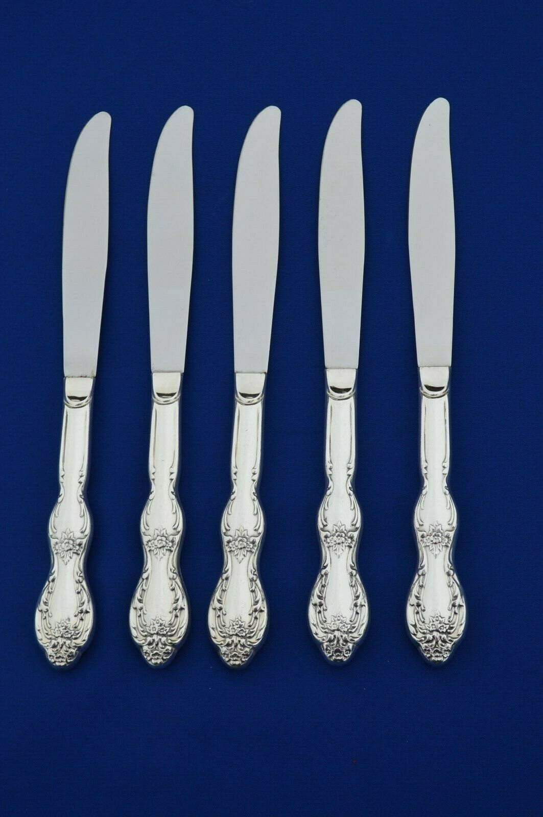 Primary image for Wm Rogers IS Beverly Manor 1964 Set of 5 Dinner Knives
