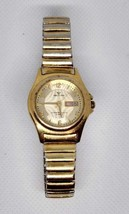 Waltham Ladies Gold Tone WEO19 Wristwatch With Date Counter - $35.59